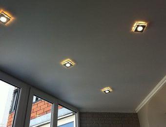 красивые серые натяжные потолки
