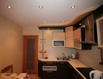 купить натяжные потолки на кухне