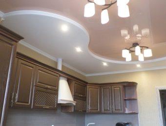 натяжные потолки на кухне плюсы и минусы