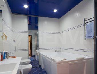 натяжные потолки в ванной комнате фотография
